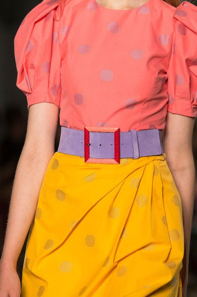 Carolina Herrera at New York Fashion Week Spring 2018 - These Details From the New York Runway Are Too Pretty for Words - Photos
