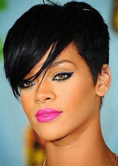 Afro B Frisyrer Ny Har Stiler 2018 Rihanna Hairstyles Rihanna Makeup Celebrity Lipstick
