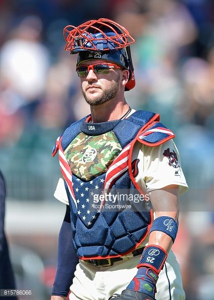 Tyler Flowers Catchers Gear