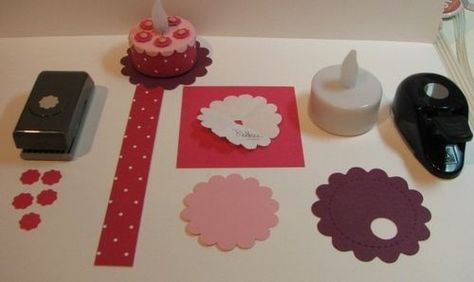 Make A Mini Birthday Cake Out Of An Electric Tea Light