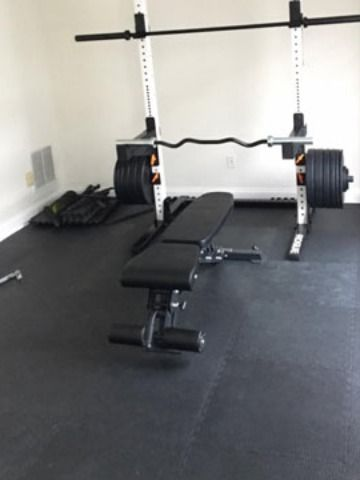 Do I Need A Mat Under My Weight Bench In 2020 Weight Benches Home Gym Flooring Gym Flooring Options