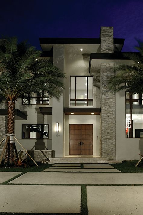 A glamorous luxury elegant home. For more ideas and inspirations for luxury homes visit: www.bocadolobo.com