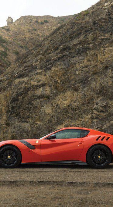 Awesome Wallpapers Super Cars Ferrari F12berlinetta Wallpaper