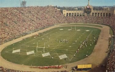 Pin By Al Eckels On Classic Ballparks And Stadiums Los Angeles Rams Los Angeles Football Stadiums