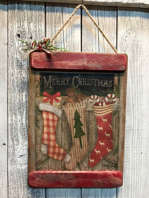 PLAIN GREEN w//WHITE Cuff: DOLLHOUSE 1:12 Miniature Felt Christmas Stocking