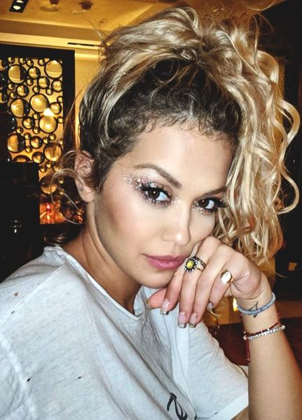 10 Celebrity Inspired Bright Summer Makeup Looks Rita Ora Style Rita Ora Instagram Rita Ora
