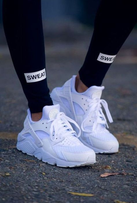 All white women's Nike Air Huarache sneakers. At TheShoeCosmetics all white trainers are the canvas, the fresh face to a sneaker makeover. An all white pair of Nike tennis shoes are perfect canvas for a customized sneaker. Moda Sneakers, Best Sneakers, Sneakers Fashion, Best Shoes, Fashion Shoes, Nike Fashion, Trendy Fashion, Trill Fashion, Fashion Trainers