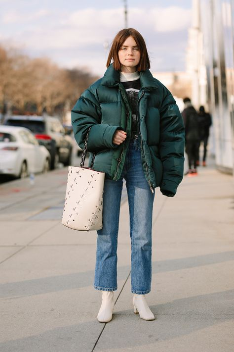 >>>Pandora Jewelry OFF! >>>Visit>> Street Style at New York Fashion Week Fall/Winter 2018 Fashion trends Fashion designers Casual Outfits Street Styles