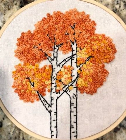 Autumn Birch Trees Hoop Stickerei ~ Bild teilen  Autumn Birch Trees Hoop Stickerei ~ Bild teilen  #StitchingEmbroidery