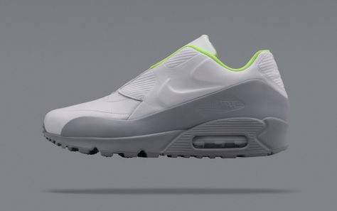 A Body in Motion: The NikeLab x sacai Collection | Air max, Grey and Black
