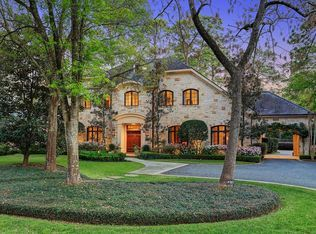 8310 Hunters Creek Dr Houston Tx 77024 Zillow Mansions Exterior Stone Private Patio