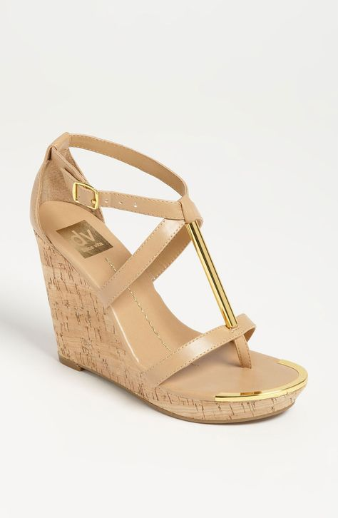 Dv By Dolce Vita Tremor Sandal in Gold (nude) | Lyst