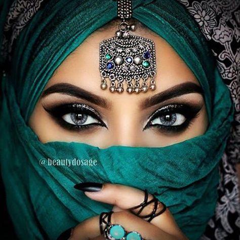 YOGOTOP Diamond Embroidery Beautiful eyes Diy Diamond Painting Cross Stitch Kits for Square Diamond Mosaic Needlework Arabian Eyes, Arabian Makeup, Bollywood Makeup, Bollywood Fashion, Beauty Makeup, Hair Makeup, Makeup Style, Hijab Makeup, Indian Makeup