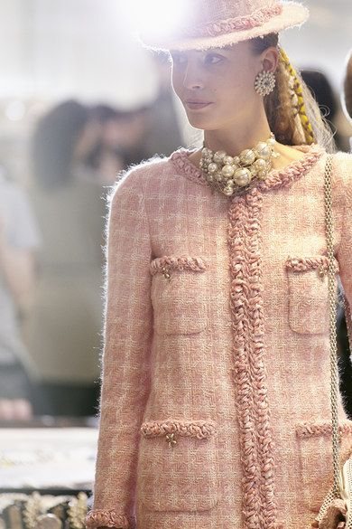 Backstage at Chanel Autumn (Fall) / Winter 2014 - Paris Fashion Week