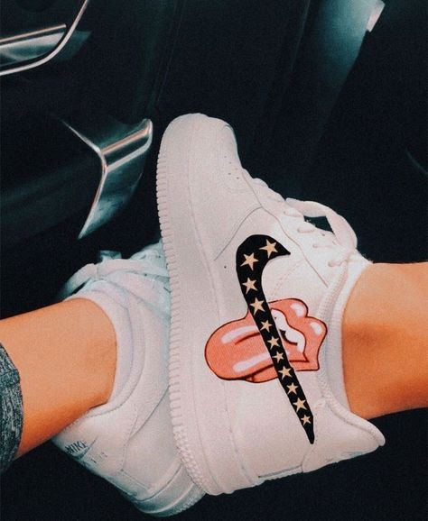 Jordan Shoes Girls, Girls Shoes, Shoes Women, Cute Girl Shoes, Cute Sneakers, Shoes Sneakers, Kd Shoes, Adidas Shoes, Souliers Nike