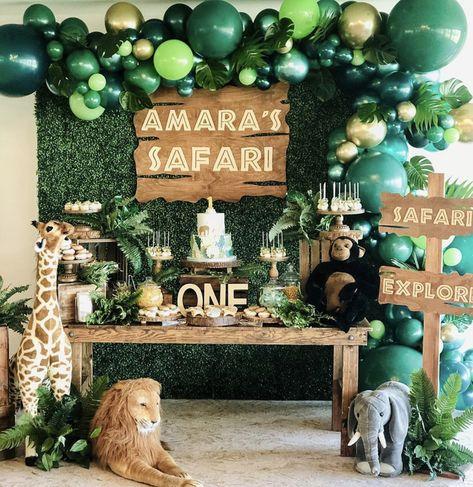 Safari Party By Bizzie Bee Creations Safari Theme Birthday, Boys First Birthday Party Ideas, Jungle Theme Parties, Wild One Birthday Party, Boy Birthday Parties, Jungle Theme Cakes, Jungle Party, Jungle Safari, 2nd Birthday