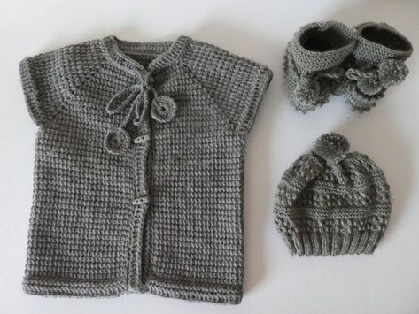 2c4646574448 Hand knitted unisex kids set  baby toddler woll vest