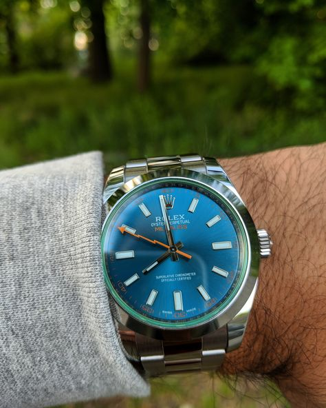 Rolex Milgauss] Z,Blue back on the wrist