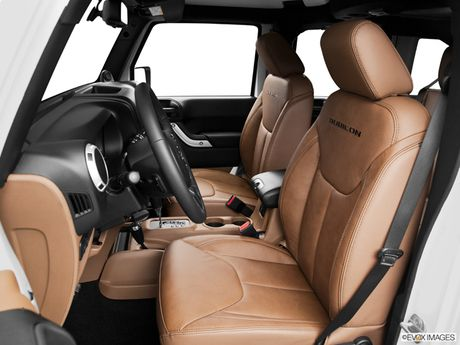 2015 Jeep Wrangler Rubicon interior