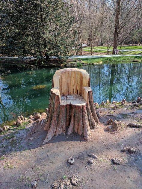 50 Ideas for tree trunk furniture ideas yards Trunk Furniture, Rustic Log Furniture, Garden Furniture, Furniture Ideas, Tree Stump Furniture, Tree Chair, Tree Carving, Tree Trunks, Tree Wallpaper
