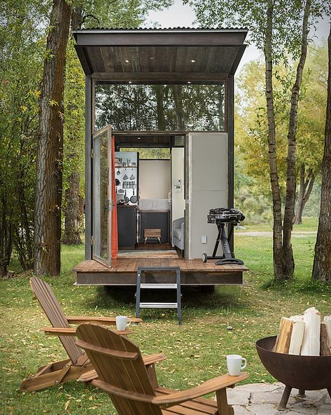 The tiny house trend is officially here to stay. Tiny houses are relatively easy to build and move from place to place, and many people are rejecting more spacious dwellings in favor of pared-down, efficient homes. The new RoadHaus is a refined versi