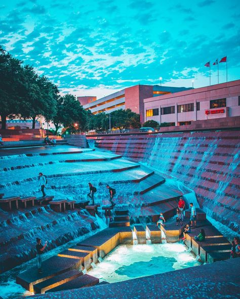 30 Secret Places In Dallas To Bring Your Girlfriend This Summer 30 Secret Places In Dallas To Bring Your Girlfriend This Summer 30 Secret Places In Dallas To Bring Your Girlfriend This Summer - Narcity<br> Rack up bonus points with bae! Dallas Travel, Texas Travel, Travel Usa, Travel Tips, Texas Vacations, Dream Vacations, Texas Vacation Spots, Family Vacation Destinations, Family Vacations