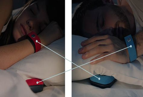 Acércate a tu pareja desde la distancia con Pillow Talk
