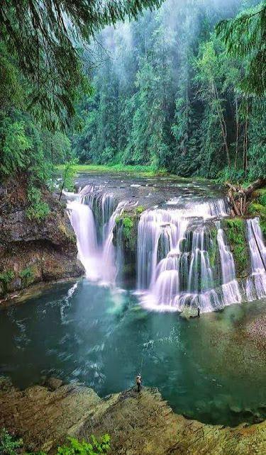 d92028d55dbb38d94778c4717c7bf047--natural-waterfalls-beautiful-waterfalls.jpg