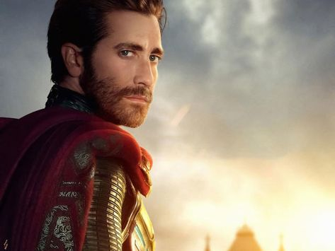 Mysterio in Spiderman Far From Home Wallpaper, HD Movies 4K Wallpapers, Images, Photos and Background - Wallpapers Den