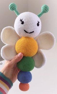 Amigurumi İle Kelebek Çıngırak - Emekce.com Amigurumi | juguete de punto |