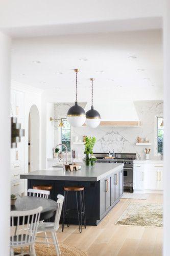 Bohemian Orange County Beach House With Cool Bathroom Interior