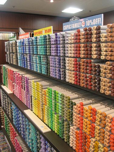 copic heaven - lots and lots - El paraiso de los copics Stationery Store, Cute Stationery, Art Studio Room, Marker Storage, Craft Storage, Art Supplies Storage, Study Room Decor, Copic Marker Art, Cool School Supplies