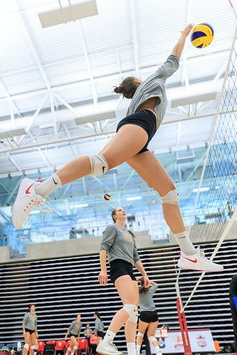 2018 Wvb In 2020 Volleyball Photography Female Volleyball Players Volleyball Poses