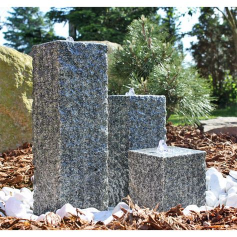 Säulen Brunnen aus Stein mit LED Beleuchtung Granit Wassersäulen - steingarten mit granit
