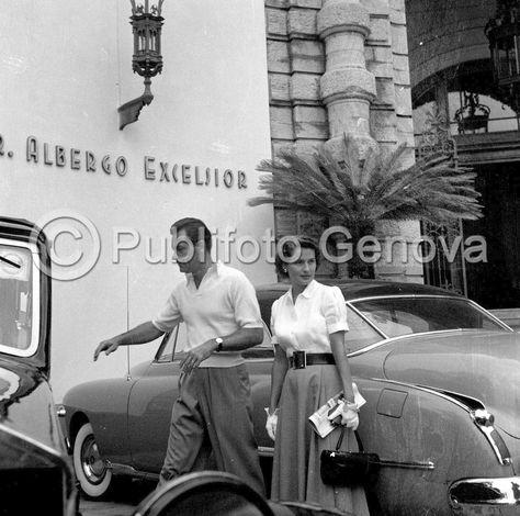 William Holden and Brenda Marshall (1952)