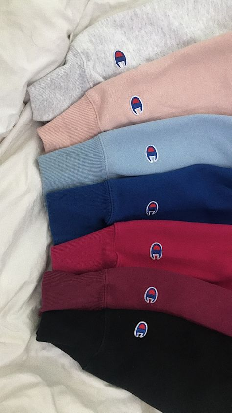 shirt over hoodie outfit vsco - shirt over hoodie outfit Cute Comfy Outfits, Lazy Outfits, Teenage Outfits, Teen Fashion Outfits, Mode Outfits, School Outfits, Trendy Outfits, Summer Outfits, Sporty Outfits