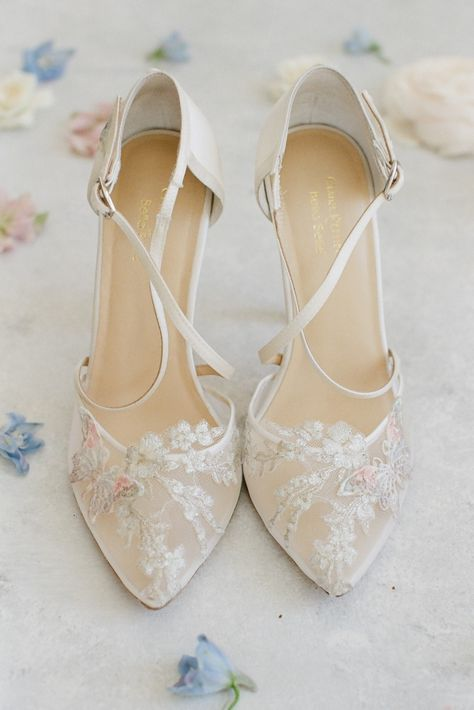 Claire Pettibone for Bella Belle Mariposa floral wedding shoes with lace butterf. Claire Pettibone for Bella Belle Mariposa floral wedding shoes with lace butterflies, silk stiletto and cross front stra. Claire Pettibone, Casual Heels Outfit, Heels Outfits, Wedding Shoes Bride, Bride Shoes, Sparkly Wedding Shoes, Gown Wedding, Wedding Blog, Sparkly Heels