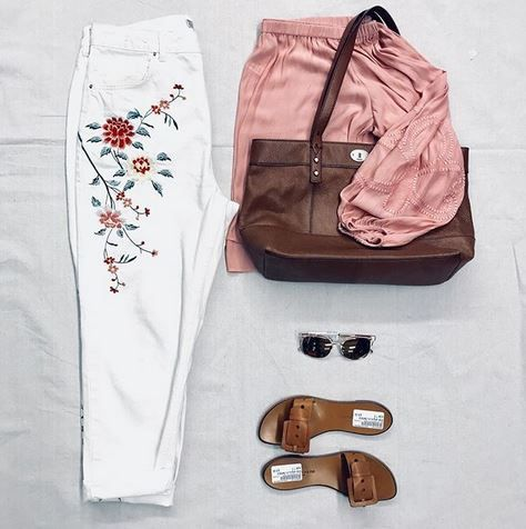 The Perfect Outfit For Springing Forward Platoscloset Platosclosetoakville Spring Springbreak Secondhan Fashion Second Hand Clothing Stores Clothes