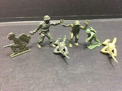 Details About Vintage 1950 S 6 Peice Lot Of Plastic Green Army Men Toy Soldiers In 2020 Green Army Men Army Men Toys Army Men