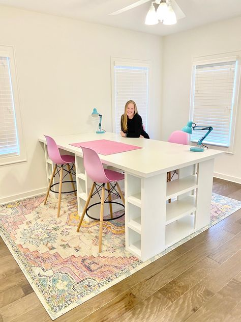 Kids Craft Tables, Craft Room Decor, Craft Room Design, Modern Crafts, Sewing Room Design, Dream Craft Room, Craft Tables With Storage, Room Design, Craft Room Tables