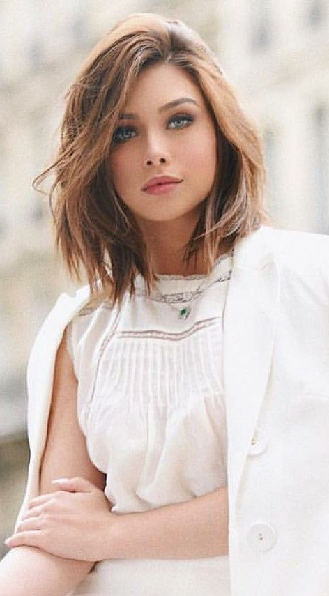 Mid Length Hair Newhaircut Short Hair Styles For Round Faces Hair Styles Short Hair With Layers