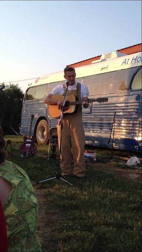 Rory Singing To His Daughter Heidi At Her Wedding Very Touching Song From Dad To Daughter Joey Rory Joey Feek Joey And Rory Feek