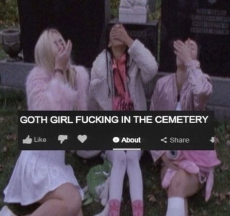 Uploaded by Find images and videos about pink, aesthetic and goth on We Heart It - the app to get lost in what you love. Grunge Look, 90s Grunge, Soft Grunge, Grunge Outfits, Grunge Style, Style Indie, Scene Outfits, Emo Outfits, Aria Montgomery