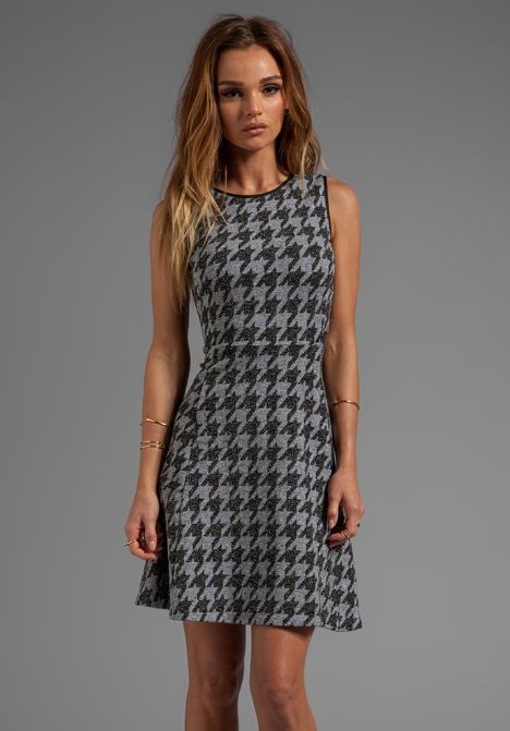 THEORY • NIKAY CLASSICAL FIT FLARE STRETCH DRESS 0