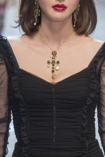 Dolce & Gabbana, Fall 2017 - Milan's Most Eye-Catching Runway Jewelry for Fall - Photos