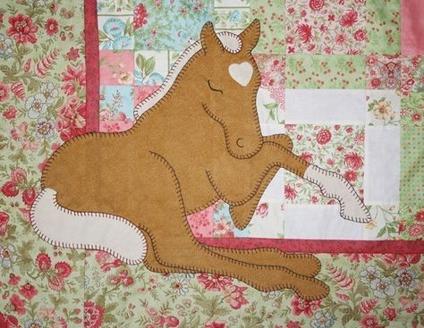 Pattern palomino dreams applique baby horse quilt pattern