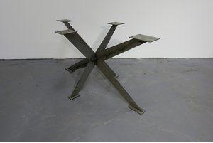 Metallgestelll Tisch Kreuzgestell Sindla Festgröße
