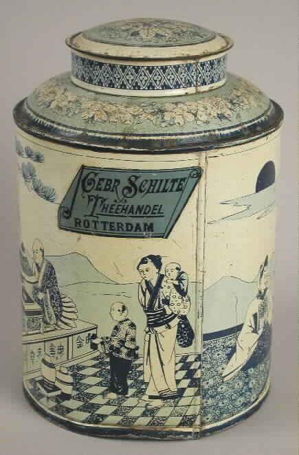 "Tea-box with inscription ""Gebr. Schilte - Theehandel - Rotterdam,"" 1908-1925. Museum Rotterdam, CC BY"