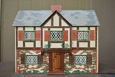 Vintage 1940s Keystone Tudor Doll House In Excellent Condition Ebay Doll House Wooden Dollhouse Diy Stairs