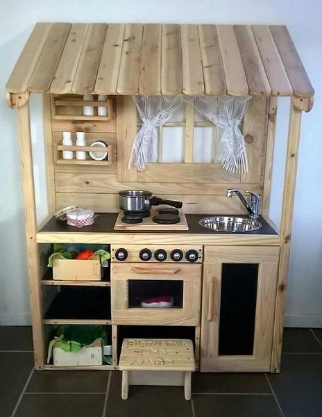37 Creative Diy Pallet Ideas For Kitchen Outdoor Diy Kids Kitchen Diy Play Kitchen Pallet Kitchen